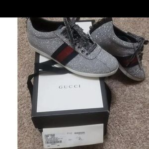 Gucci Sneakers Size 6.5 Great Condition like new